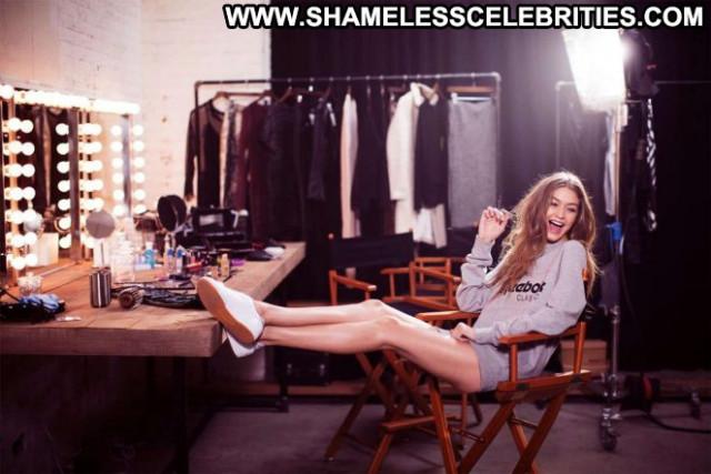 Photos No Source Posing Hot Babe Paparazzi Photoshoot Celebrity