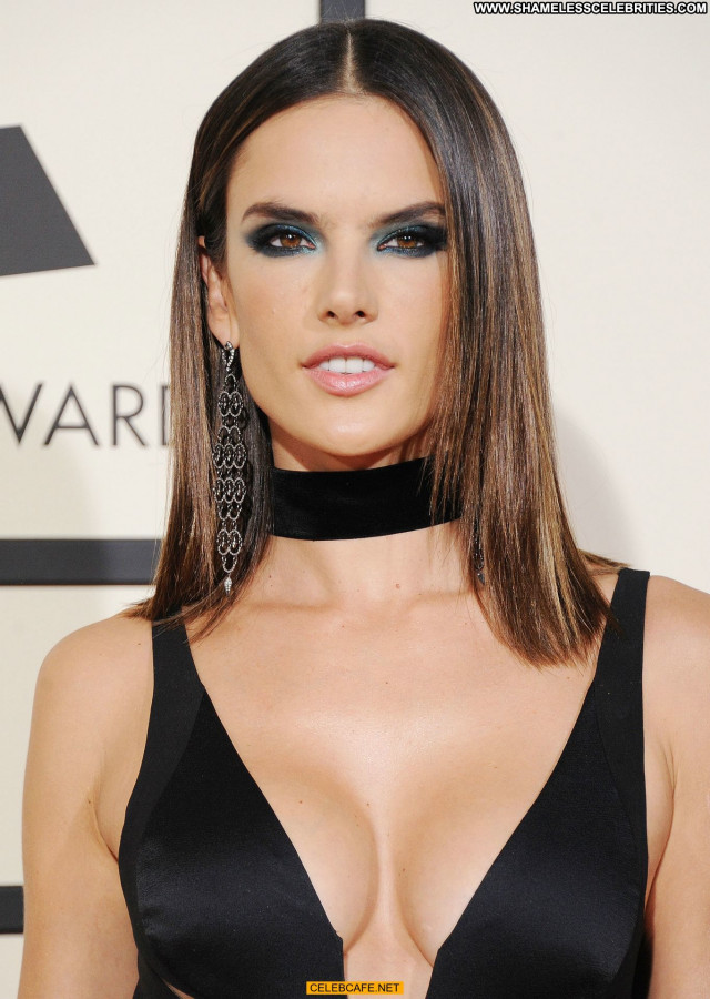 Alessandra Ambrosio Grammy Awards Cleavage Beautiful Sexy Celebrity