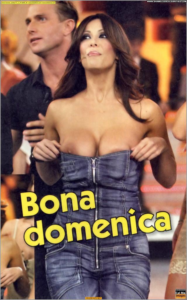 Sara Varone No Source Boob Slip Beautiful Celebrity Posing Hot