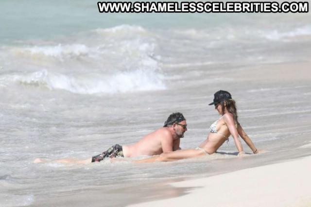Heidi Klum The Beach Bikini Babe Posing Hot Paparazzi Beach Beautiful