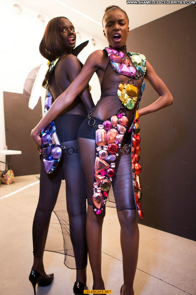 Duckie Thot Fashion Show Beautiful Fashion Celebrity See Through Babe