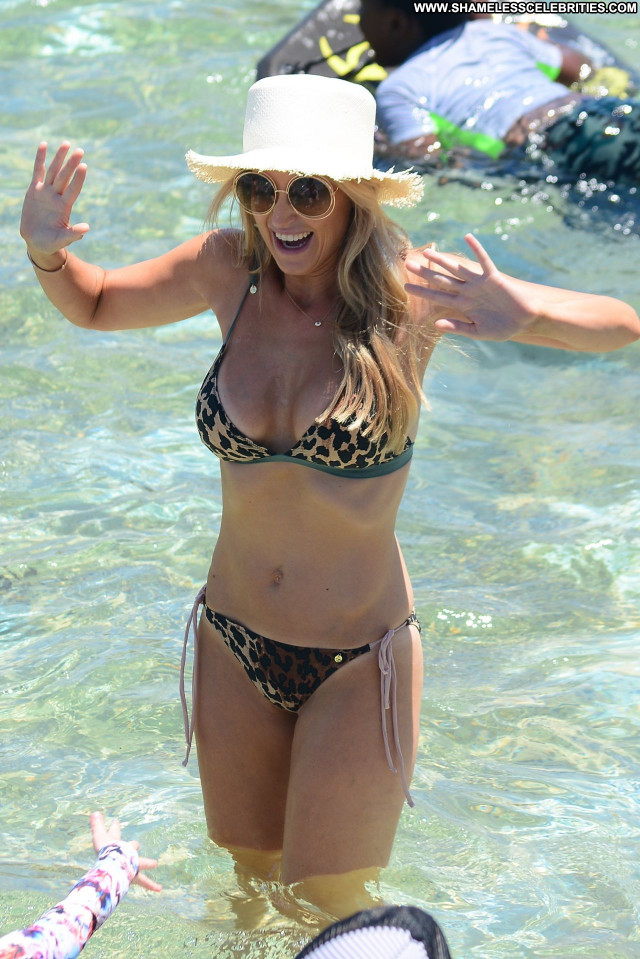 Natalie Jayne Roser No Source Hot Latin Bikini Babe Winter Photoshoot