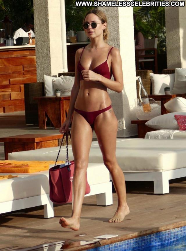 Tanit Phoenix Anna Nicole Sexy Bar Xxx Legs Desi Bikini Summer Car