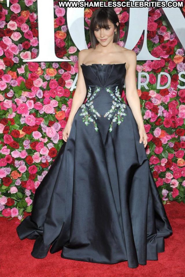 Katharine Mcphee New York Babe Paparazzi Posing Hot New York