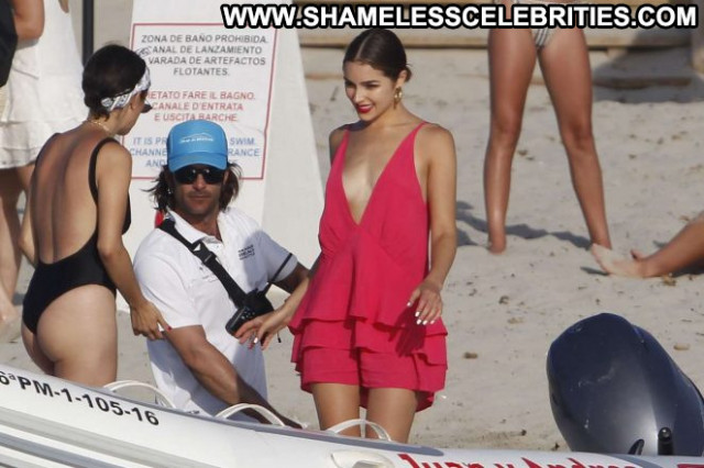 Olivia Culp No Source Beautiful Celebrity Babe Paparazzi Posing Hot