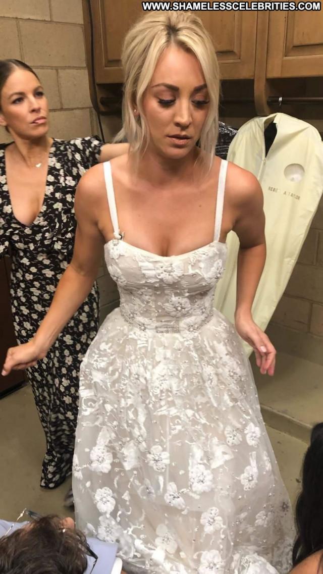 Natalie Jayne Roser No Source Winter Blonde Bra Posing Hot Beautiful