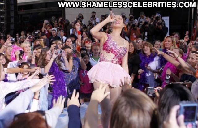 Katy Perry E Live Celebrity Beautiful Live Posing Hot Paparazzi Babe