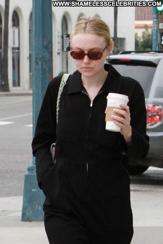 Dakota Fanning Beverly Hills Beautiful Celebrity Babe Black Posing