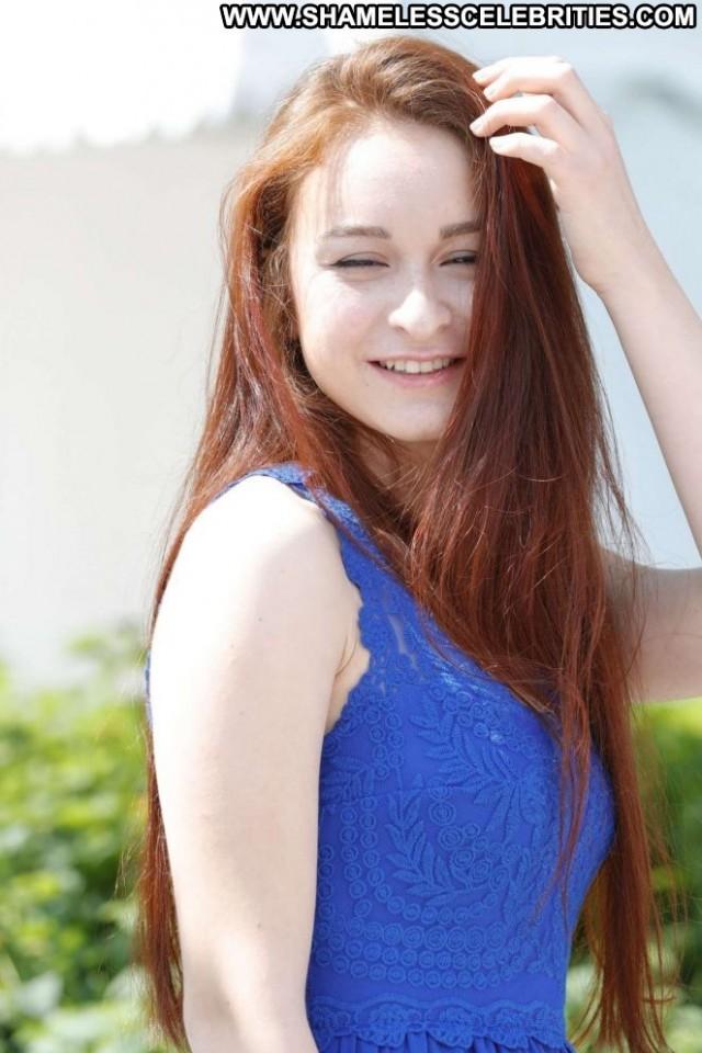 Asena Keskinci No Source Beautiful Paparazzi Babe Posing Hot Celebrity