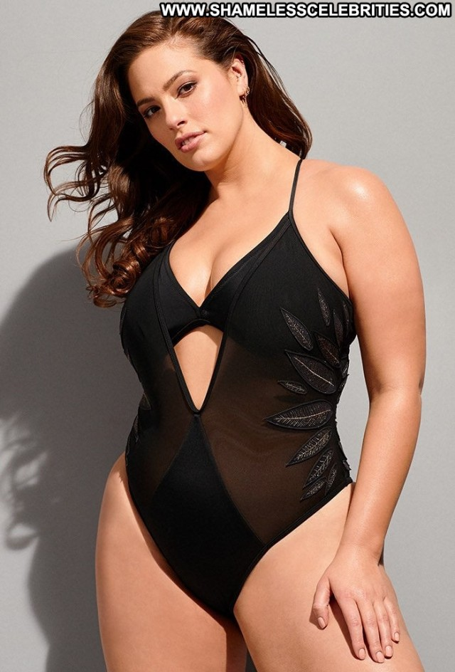 Ashley Graham Natural Beauty Sex Celebrity American Natural Old