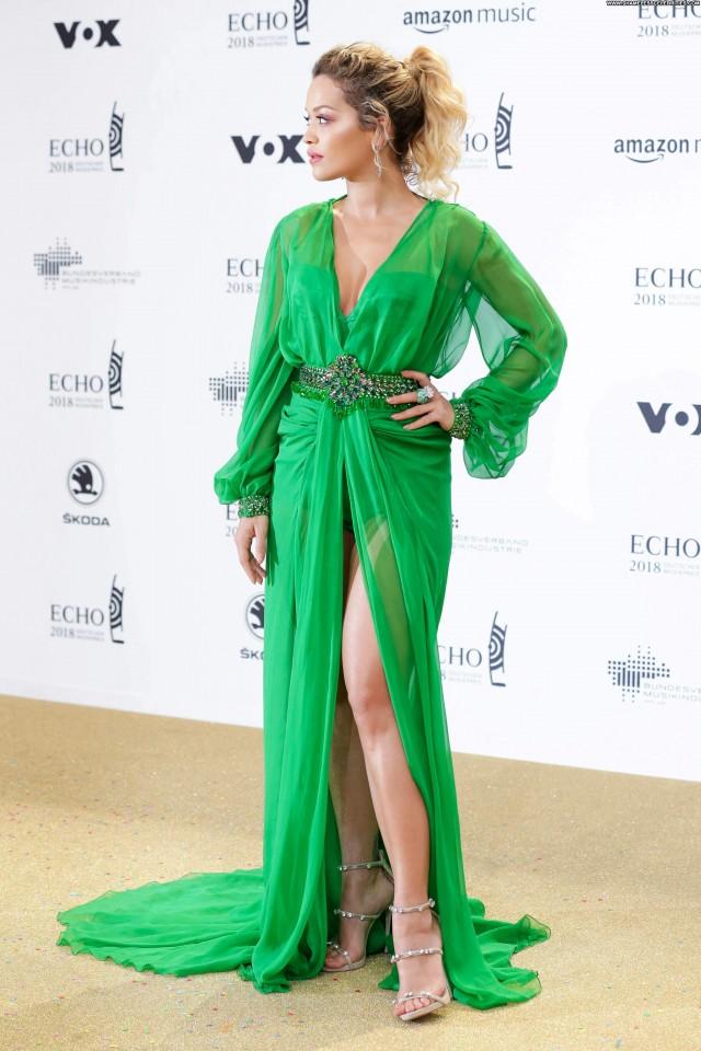 Rita Ora No Source Awards Actress Beautiful Babe Posing Hot German