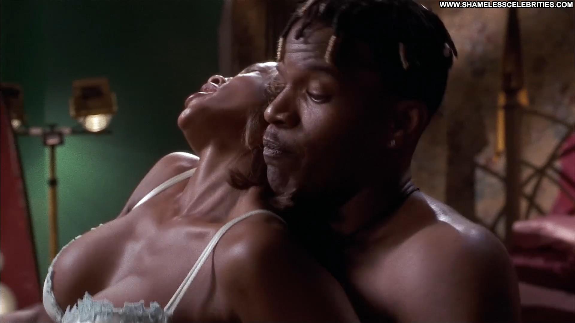 Jones nackt tamala Tamala Jones