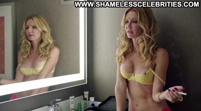 Mindy Robinson Vanessa Branch Road Hard Nipple Slip Topless