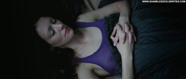 Isabelle Redfern Schossgebete De Full Frontal Hot Nude Lesbian Posing