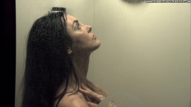 Bobbi Sue Luther Laid To Rest Posing Hot Nude Big Tits Shower Topless