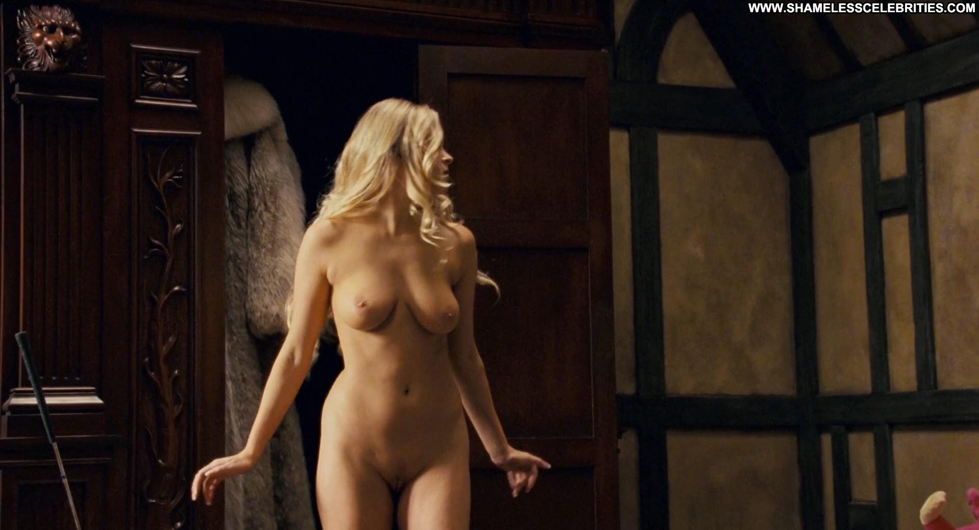 Carmen Electra - Baywatch - Free Porn Videos