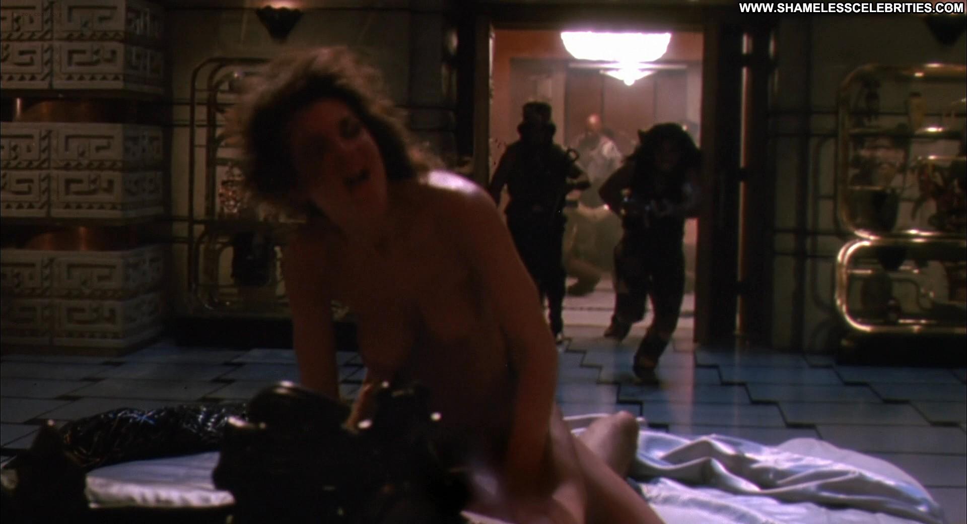 naked beauty tube girls shower