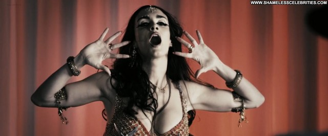Eva Mendes The Spirit Sexy Celebrity Hot Nude Posing Hot Cute