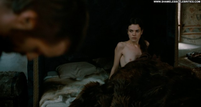 Camille Rutherford Mary Queen Of Scots Celebrity Topless Nude Posing