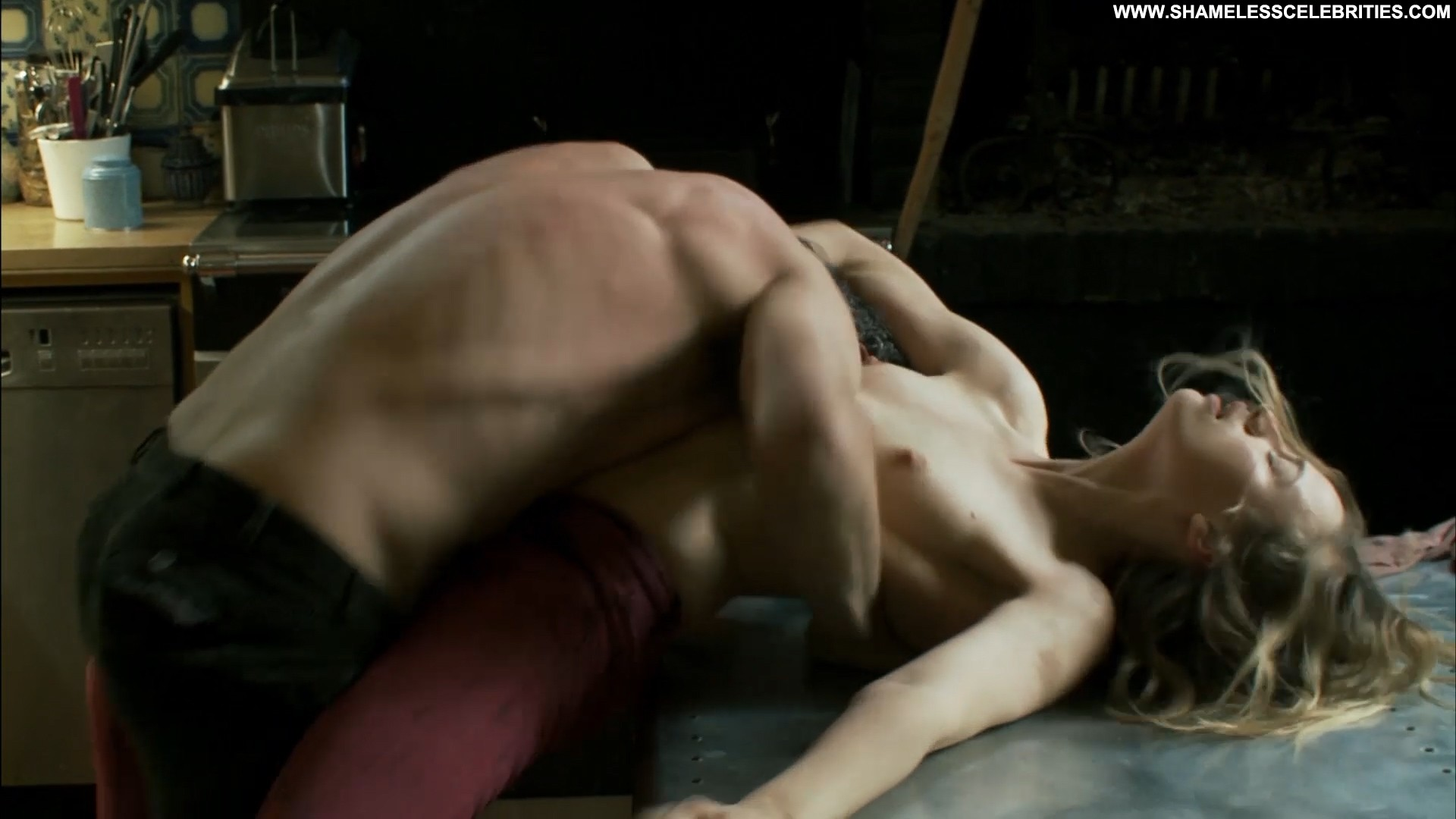posing hot couple nude topless hot rough sex sex bush full frontal
