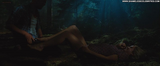 Anna Hutchison The Cabin In The Woods Posing Hot Nude Celebrity