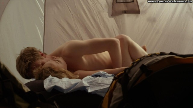 Amy Lennox Wrong Turn Sex Celebrity Topless Posing Hot Hot Nude Nude
