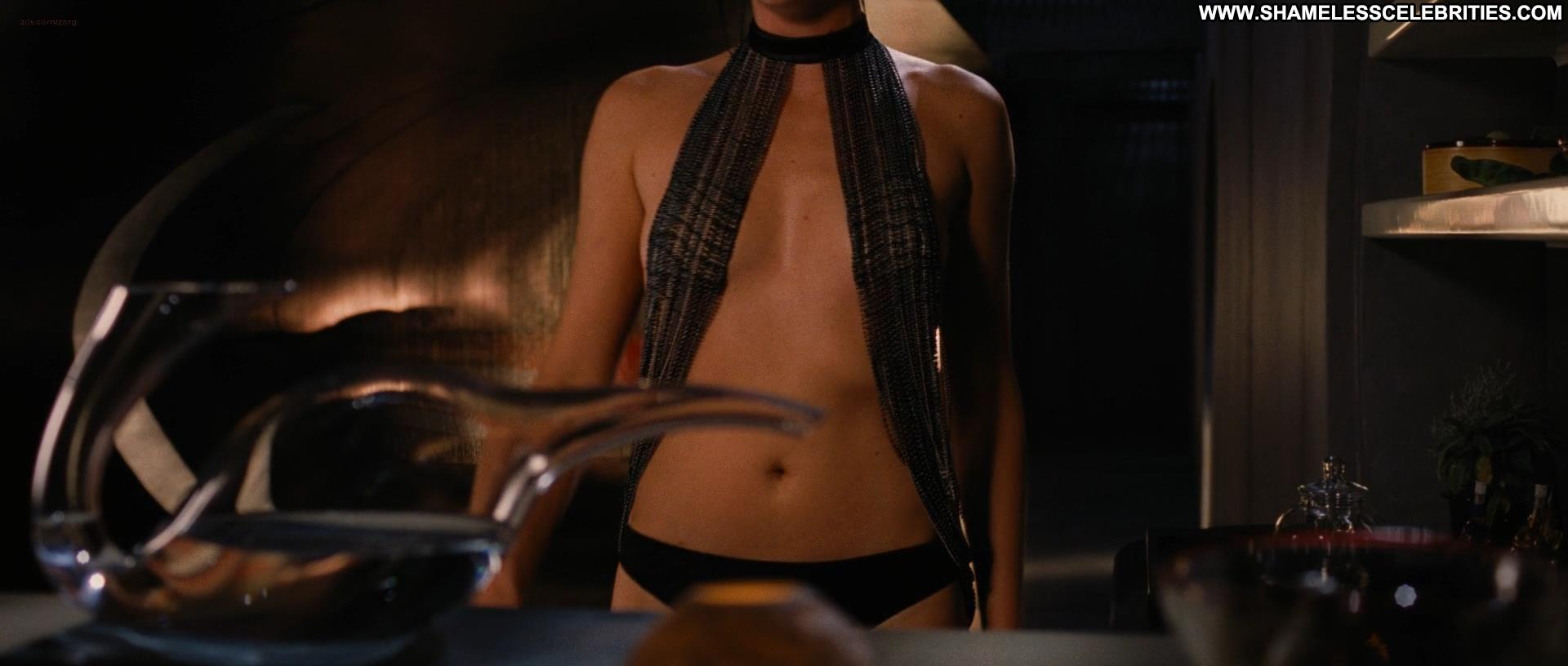 aeon-flux-naked