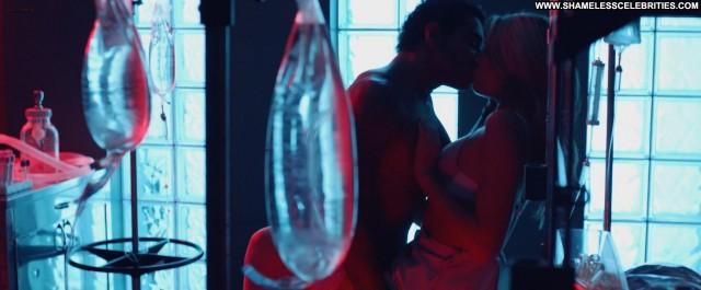 Katrina Bowden Nurse  D Bush Sex Nude Shower Celebrity Posing Hot