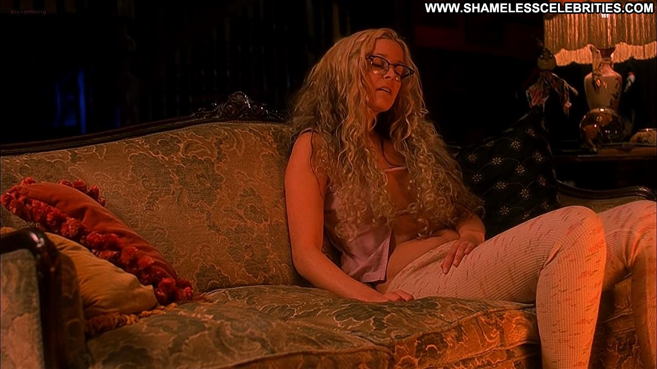 Naked sherie moon zombie
