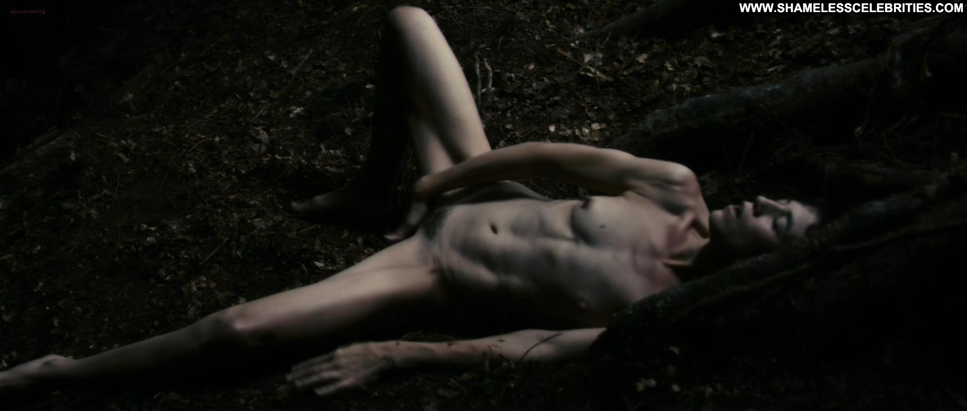 Antichrist (2009) sex scenes