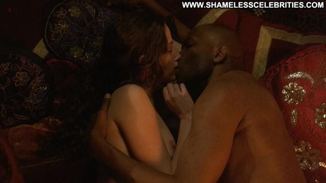 Marie Gillain Harem Suare Bush Posing Hot Topless Nude Sex Celebrity