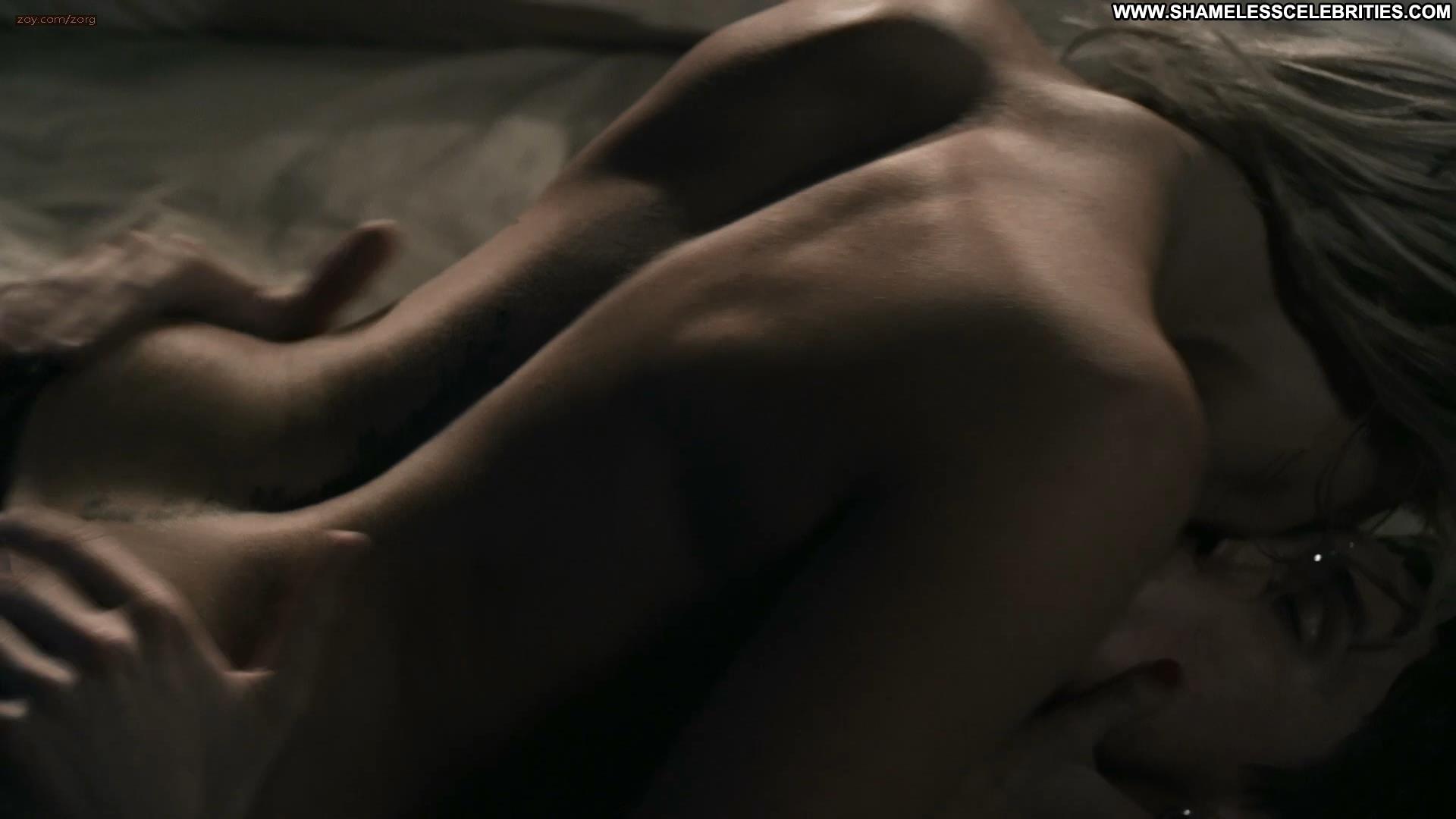 hot vampire guy naked