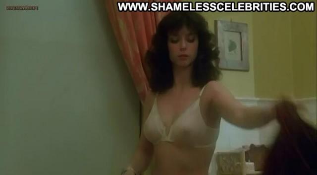 Rachel Ward Night School Posing Hot Nice Celebrity Nude Shower