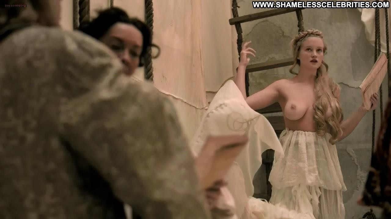 Anne hathaway nude sex scenes 6