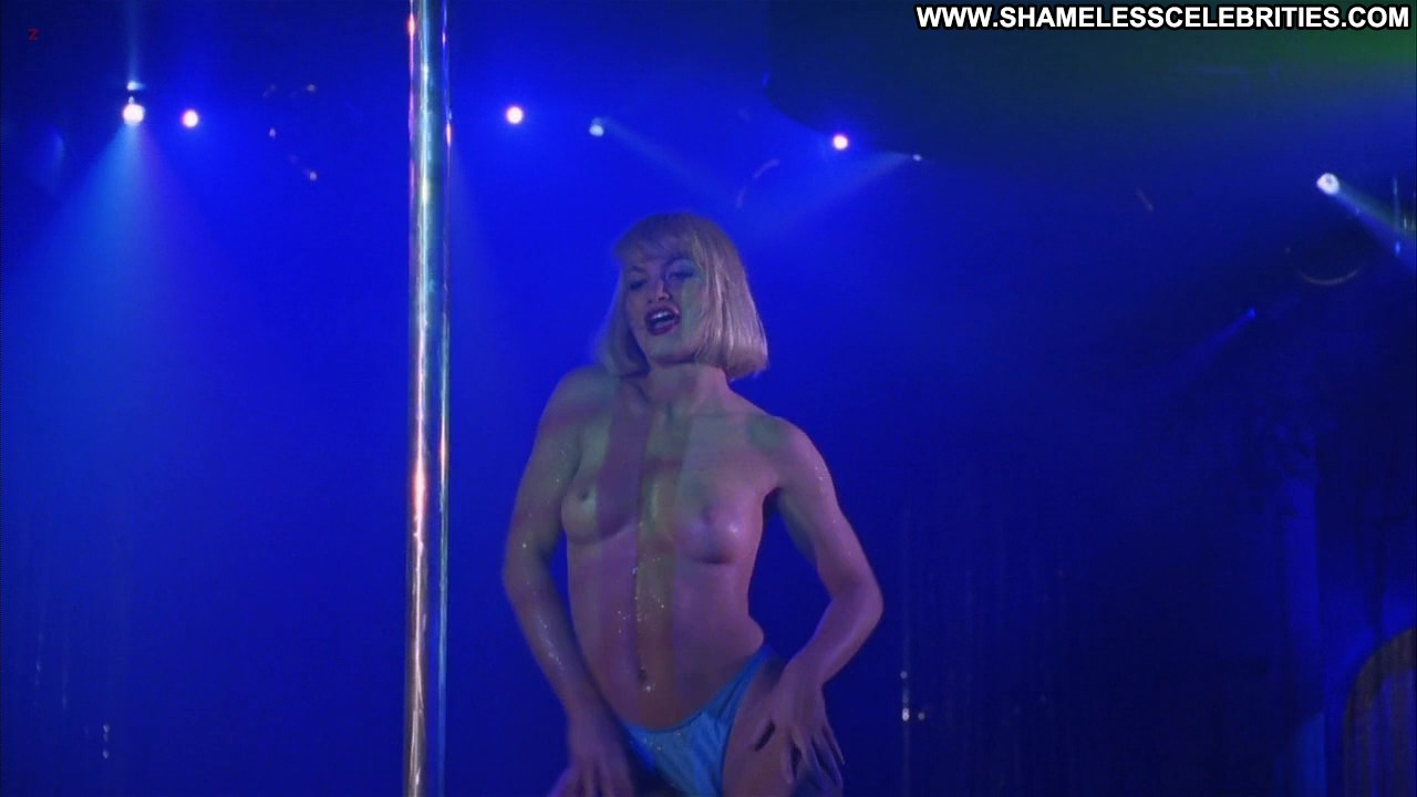 Free Stripping Porn Images, Strip Porn Galery, Xxx Striptease Pics