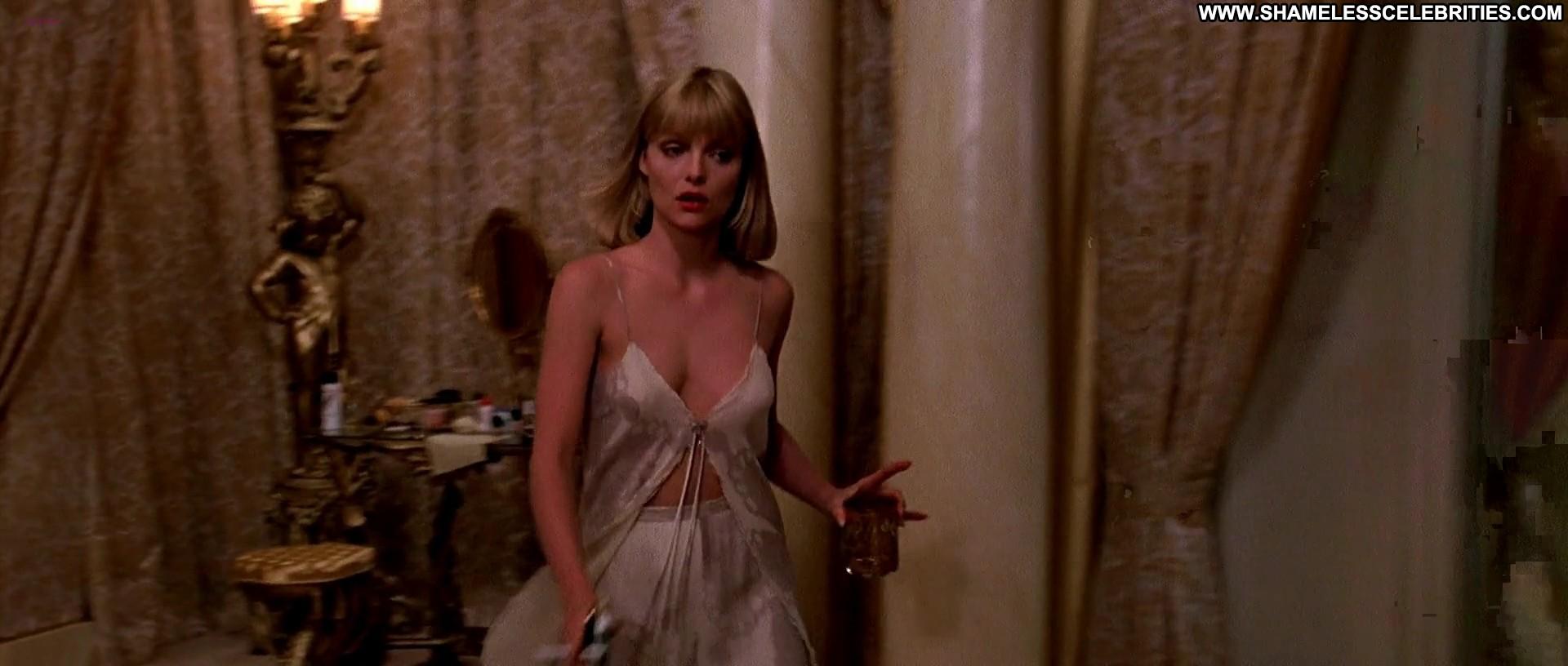 Mary Elizabeth Mastrantonio Michelle Pfeiffer Scarface Celebrity Posing Hot Nude Sexy Topless ...