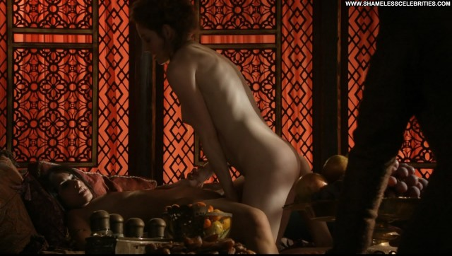 Sahara Knite Esme Bianco Game Of Thrones S01e07 Topless Nude