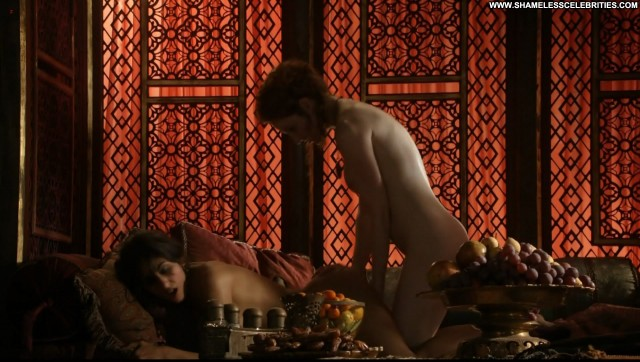 Sahara Knite Game Of Thrones S  E Posing Hot Celebrity Topless Nude