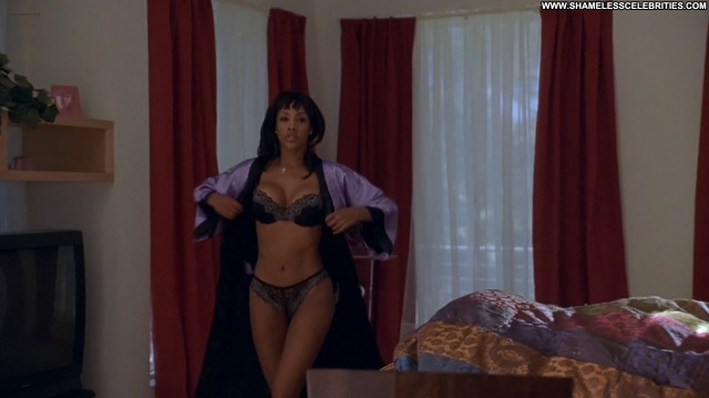 Carmen Electra Vivica A Fox Getting Played Busty Lingerie