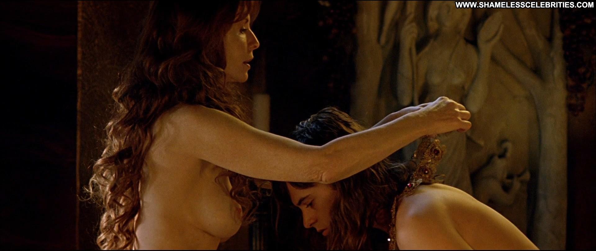Hot Nude 91