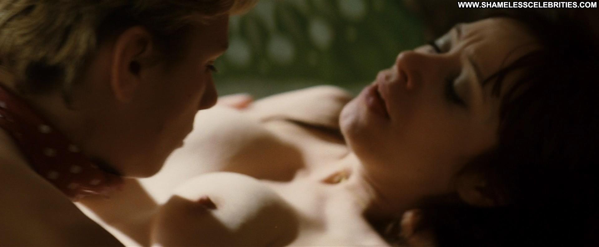 celebrities in sex scenes