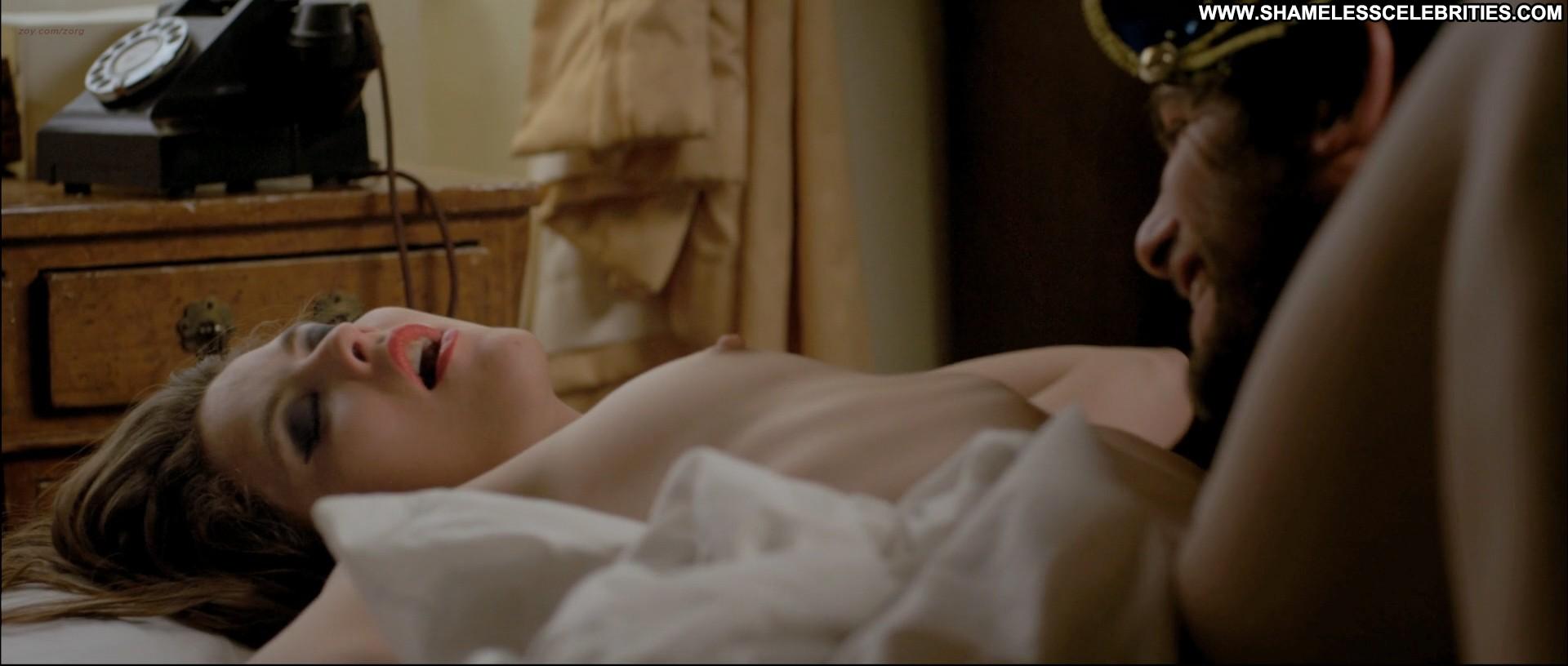 The Most Shameless Sex Scenes on Shameless NSFW