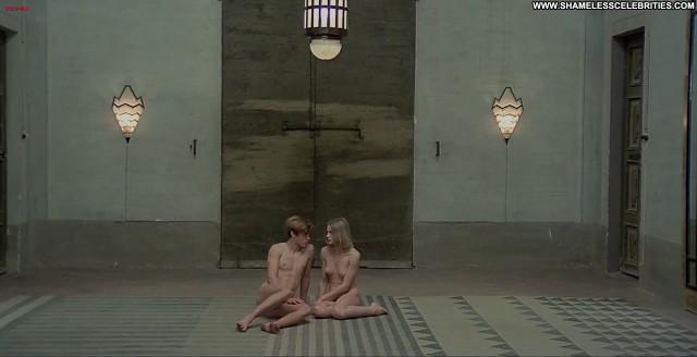 Renata Moar Salo Full Frontal Celebrity Posing Hot Nude