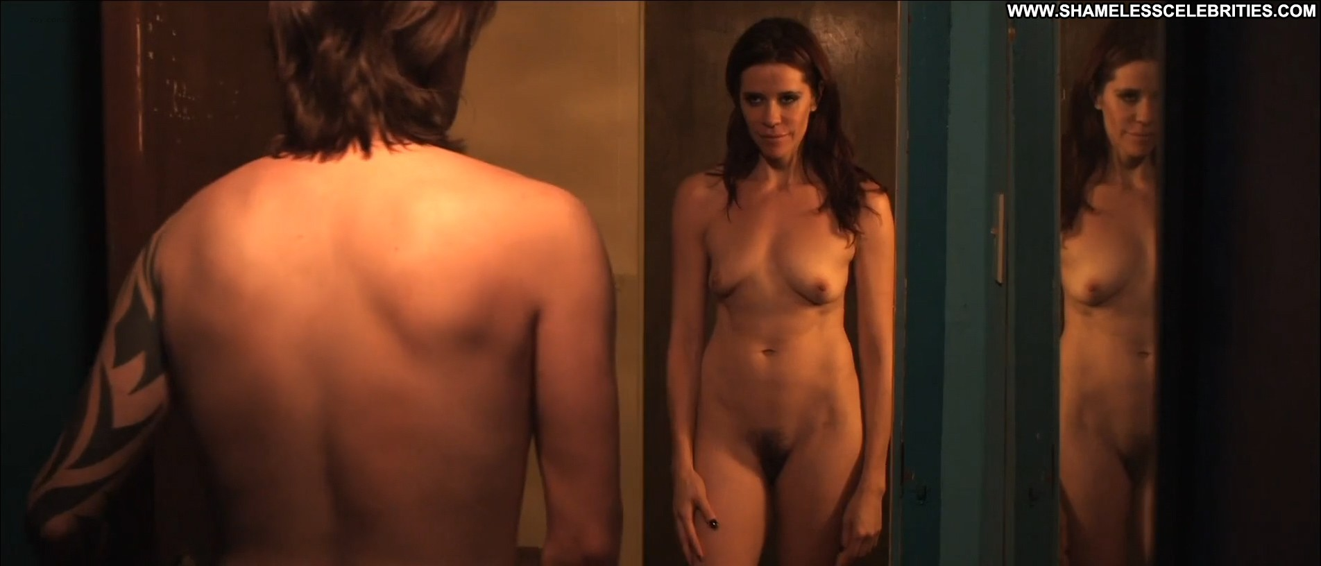 image Sophie rundle nude in episodes with matt le blanc