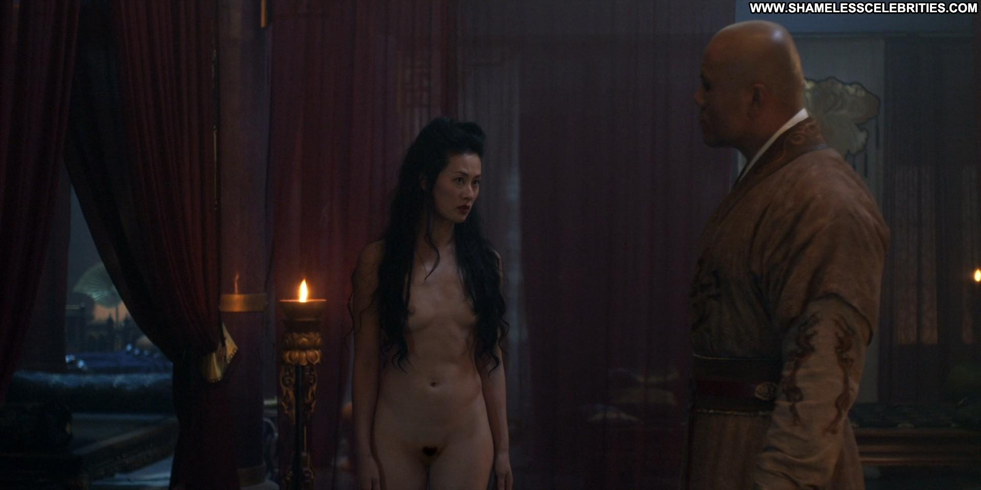 Teri polo nude scene