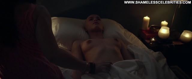 Alex Essoe Starry Eyes Celebrity Posing Hot Wet Topless Cute Nude See