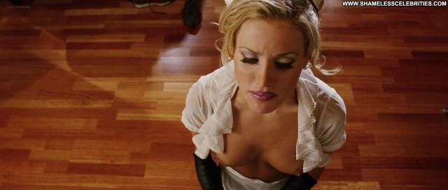 Amanda Swisten American Wedding Topless Hot Boobs Posing Hot
