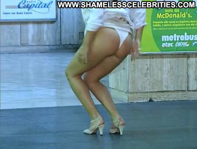 Debora cali nude from ultimo metro 9