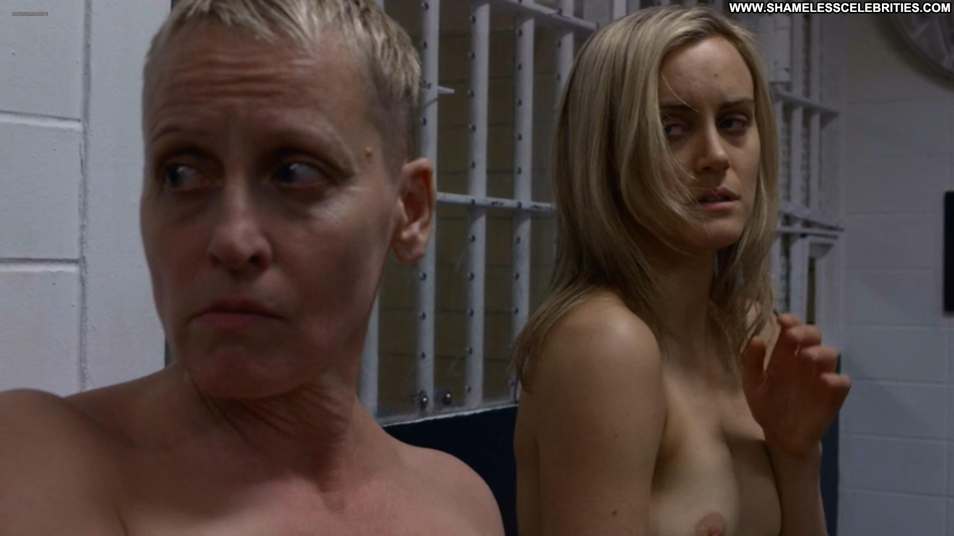 taylor schilling naked