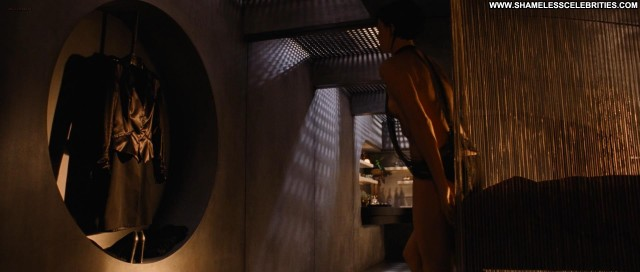 Charlize Theron Aeon Flux Posing Hot Hot Celebrity Nude Sexy
